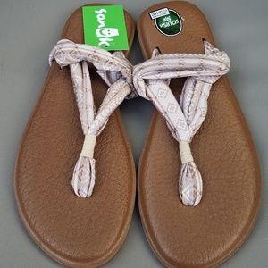 Sanuk Shoes - Sanuk tan yoga slings new with tags